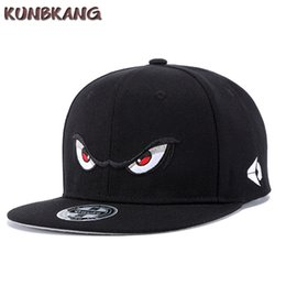 New Men Eyes Flat Baseball Cap Cartoon Embroidery Hip Hop Caps Gorras Male  Street Trend Leisure Hip-hop Snapback Hat Adjustable 73e54f00b24c