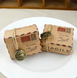 recuerdos avión Rebajas Caja de dulces de papel kraft vintage tema de viaje avión correo aéreo cajas de embalaje de regalo recuerdos de boda favor de la boda