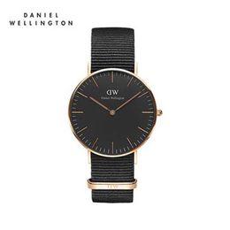 Топ моды Даниэль Веллингтон бренд мужские и женские черные водонепроницаемые женские кварцевые часы с простым нейлоновым ремешком часы Relogio Masculino cheap men watch nylon brands от Поставщики мужчины смотрят на нейлоновые бренды
