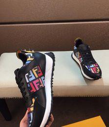 Chaussures de type en Ligne-(Avec la boîte) Créateur de mode Design de marque Flat Mens Casual Shoes plus de types Sneakers Hommes Flat Heel Black Shoes de haute qualité Brand Shoes