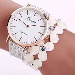 e0a60de9103 2019 mulher senhora relógio cristal diamante Moda Genebra Criativo Relógios  Mulheres Casual Elegante Pulseira De Quartzo