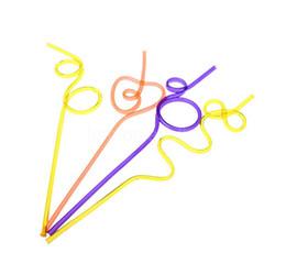 Art sain en Ligne-Fou Bouclés Boucle En Plastique Pailles De Boisson Art Sain Coloré Anniversaire De Mariage Décorations De Fête De Nouveauté Amusante 250 pcs