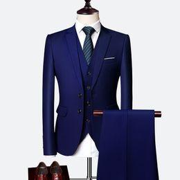 Chaleco del precio más bajo online-Pure Color Mens Formal Suit Juego de 3 piezas (chaquetas + Chalecos + Pantalones) 10 colores para elegir de gran tamaño S-6XL Precio bajo