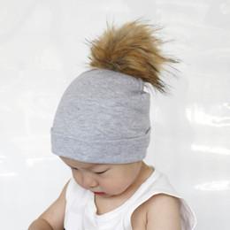 Meninas meninos chapéu da criança crianças multicolorido grande pele do  falso chapéu pompon algodão infantil macio de malha beanie fit 1-4 ano  YA0464 ... 2fad8848719