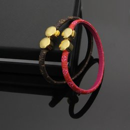 Wholesale Double Man Leather Bracelets - 2018 Hot sale 100% genuine leather with double round clasp design for man and women Adjustable size bracelet in two colors fashion jewelry