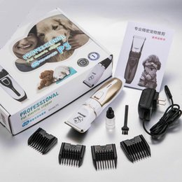 2019 tagliatrici per i gatti Pet Dog Hair Trimmer Animal Grooming Clippers Cat Cutters Elettrico a basso rumore Animale Pet Dog Cat Hair Razor Grooming Clipper Rasoio Trimmer tagliatrici per i gatti economici