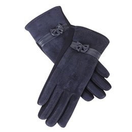 Сенсорный экран для зимних перчаток онлайн-1 Pair Women Cute Bow Full Finger Gloves Touch Screen Winter Warm Suede Mittens Driving Ski Riding Windproof Gloves S10 SE12