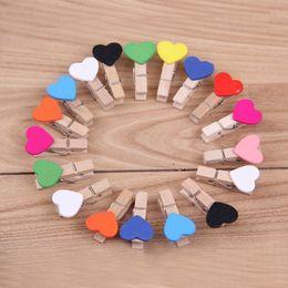 Pinces en bois en Ligne-Clip En Bois de Dessin Animé Mini Amour Coeur Forme Photo Pince Resuable Eco Friendly Mémo Clips Vente Usine Directe 0 08hy B