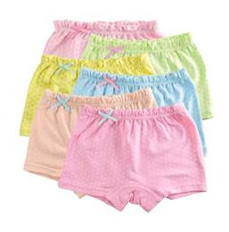 Material meninas roupas on-line-5 Pçs / lote Doces Dot Cores Meninas Boxer Material de Algodão Respirável Crianças Meninas Roupa Interior para o Bebê Calcinhas Roupas Infantis