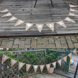 Decorazioni di proposta online-Just Married Pennant Banner Flags Proposta Wedding Decoration Puntelli Hearth shape Love Banner Linen Pennant Triangle Flag