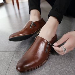 d812c16945 Moda Homem Vestido Sapatos Primavera Outono Homens Calçado Social Preto  Marrom Simples Sapatos Masculinos Confortável Mens Escritório Calçado