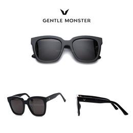 2019 i telai di vetro all'ingrosso di moda (Caldo) GENTELE MONSTER Fashion Sunglasses Da uomo / da donna stile coreano Occhiali da sole Big Frame Round Face Sunglasses Dreamer Hoff 01
