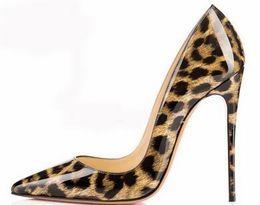 Bombas de couro de patente Pigalle Heels MULHERES sapatos de casamento dedo apontado salto fino mulher sexy vermelho Preto, salto alto Roxo, pele de carneiro 35-44 de