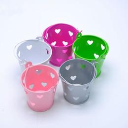 secchielli di stagno mini stagno Sconti Amore Hollow Mini Secchio di metallo Matrimonio Tin Candy Box Secchi Souvenir del partito Regalo Secchi di latta Snack Holder Barrel Box jc-061