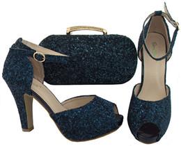 Couleur blanche Italie chaussure et sac femmes haute qualité italienne chaussure et sac ensemble décoré avec paillettes de mariage africain chaussure et sac BCH-32 ? partir de fabricateur
