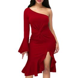Abiti di accento online-Nuovi arrivi 8 colori Hot Sexy Woman One-Shoulder Twist One-Sleeve e dettagli Ruffle Accent Prom Dress all'ingrosso di increspatura