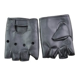 Wholesale cool gloves for men - 1pair Man Fashion PU Leather Black Half Finger Gloves Cool Heart Hollow Fingerless Gloves Boy for Fitness