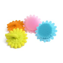 Wholesale old hair brush - Infant Baby soft Silicone bath brush shower wash hair Sunflower shape toys Face Cleaning Pad Skin SPA Scrub
