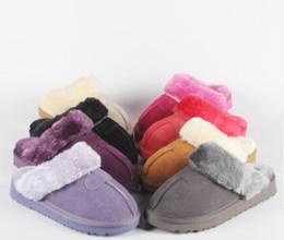 Venta caliente de la fábrica 2018 Classic WGG Marca de fábrica popular de las mujeres Botas de cuero genuino de la manera Zapatillas de algodón caliente de la alta calidad US4 - US10 desde fabricantes