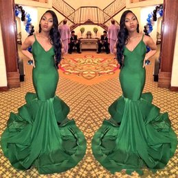 Wholesale Emerald Evening Gowns - 2018 Emerald Green Black Girl Mermaid Evening Dresses Sexy V-neck Backless Vestidos De Fiesta Spaghetti Straps Prom Party Gowns BA5421