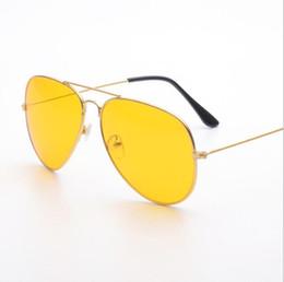 2019 quadros ópticos coloridos atacado Retro Visão Noturna Piloto Aviador Óculos De Sol Condução Amarelo Lens Vision Driver Óculos De Segurança Para Homens 12 pçs / lote Frete grátis
