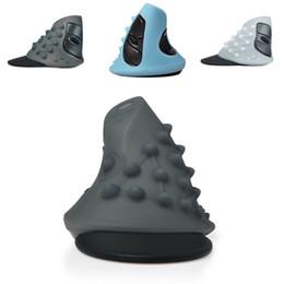 Delux m618 mouse online-Al por mayor- Nueva goma transparente de silicona negro azul blanco Shell protector para Delux Vertical Mouse M618