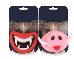2019 frisbee de cão de plástico Frete Grátis Engraçado de Borracha Encantadora Soando Brinquedo Do Dia Das Bruxas Pet Presentes Vampiro Rosa Porco Mastigar Prova Pet Dog Toy Pet Suprimentos SN1728