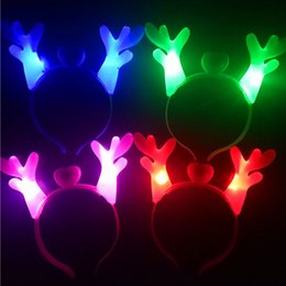 2019 decorazioni personalizzate di cupcake LED Antler Hair Hoop Antlers luminoso orecchie Hairpin LED Light-Up Natale festa antler natale fasce capodanno nuovo anno