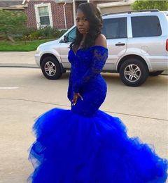 vestido sexy de lily collins Rebajas Sirena africana azul real sirena vestidos de baile 2019 Nueva venta caliente tren de barrido fuera del hombro de manga larga de encaje vestidos de fiesta de noche formal P290