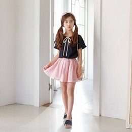 Wholesale shirts match skirts - Girls stripes lace-up Bows Tie short sleeve T-shirts+lace hollow flowers pleated skirts 2pcs sets mother and daughter matching outfits Y5325