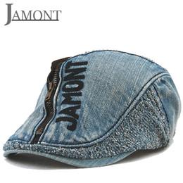 JAMONT Carta Bordado Cowboy Boinas Gorras Hombre Mujer Algodón Denim Peak  Cap Duckbill Sombreros Cremallera Casual Sombrero Amantes Sombrilla  Sombreros ... 855ba90de29
