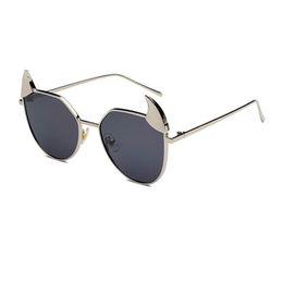 Teufelsgläser online-Little Monster Teufel Sonnenbrille Für Frauen Männer Cat Eye Brillen Unisex Ox Horn Design Mode Großen Rahmen Metall Gläser UV400 L5