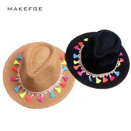 черные трилби шляпы Скидка 2017 женский летний пляж ВС шляпа мода конфеты край клубника джаз панаман шляпа пляж ВС Fedora Trilby черный и белый