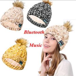 palla di musica Sconti Bluetooth Music Warm Soft Beanie Hat Cuffia senza fili Cuffia Altoparlante Smart Cap Palla Pom Pom Cappelli da party 3 Colori LJJO3878