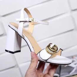 Wholesale adjustable buckle straps - INS SUPERHOT Branded Women Leather Mid-heel Sandal Adjustable Ankle Strap 8CM High Chunky Sandal Shoes Size EU35-40