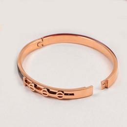 2019 rosas estereofones 316l titanium aço pulseira para as mulheres amor para sempre pulseira letra preta estéreo 18kgp rose gold mulheres jóias de casamento desconto rosas estereofones