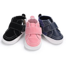 Wholesale cool shoes for girls - Fashion Newborn Baby Boys Girls Shoes For Kids Classic Sneakers Infant Indoor Crib Shoes Toddler Boys Girls Cool First Walkers