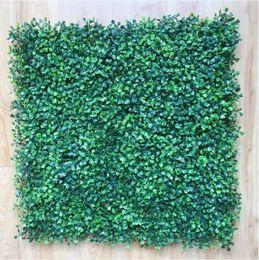Tapetes de grama falsificados on-line-Esteira de buxo de plástico Artificial 50 cm X 50 cm sebes sintéticas falso folhagem tapete de grama para casa jardim cerca decorações suprimentos