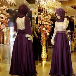 b02d2d5a0045 Borgonha muçulmano vestidos de noite mangas compridas rendas padrão chiffon  hijab árabe prom dress com lantejoulas arco sash