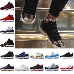 Ucuz Erkek Kadın Basketbol Ayakkabıları 11 Gym Kırmızı Midnight Donanma 72-10 Atletik Açık Ayakkabı Gama Mavi kolej lüks sneaker 45 Tasarımcı Ayakkabı supplier college shoes women nereden üniversite ayakkabıları kadınlar tedarikçiler
