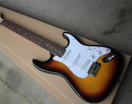Canada Vente spéciale Tabac Guitare Guitare électrique avec manche rosdewood, pickguard blanc, 3 fils, offrant une personnalisation. cheap rosewood sale Offre