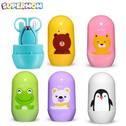 Conjunto de tijeras de uñas para bebés Kits de salud para bebés Tijeras de seguridad recién cortadas Tijeras de seguridad Traje de cuidado Caja de almacenamiento de animales de dibujos animados desde fabricantes