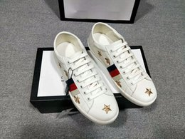 Wholesale cheap men name brand sneakers - Name Brand Arena Shoes Man Casual Sneaker Red Fashion Designer High Top Cheap Sneaker Black White Party Shoes Trainer qh18041003