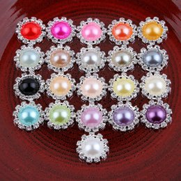 Wholesale flatback pearls mixed - 120pcs Lot Bling Round Decorative Flatback Crystal Pearl Buttons For Hair Accessories Metal Rhinestone Buttons Hair Ornaments Headwear