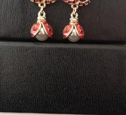2018 ¡Pendientes de escarabajo rojo de moda! Pendientes de lujo para las mujeres pendientes de la marca de joyería con bolsas de franela para el regalo de la joyería desde fabricantes