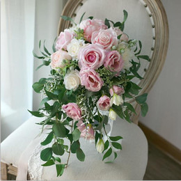 Wholesale Pink Roses Bridal Bouquets - 2018 Waterfall Bridal Wedding Flower Bouquet Artificial Leaf Pink Roses Bride Bouquets Winter Flowers Brooch Bouquet Mariage Ramos De Novia