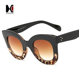 Wholesale metal cat decoration - SHAUNA Metal Hinge Classic Women Cateye Sunglasses Fashion Nail Decoration Ladies Gradient Lens Eyewear