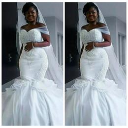 vestido de noiva de sereia de lantejoulas de strass Desconto 2019 Sheer Off Ombro Sereia Vestidos de Casamento Branco Organza Lace Applique Lace Plus Size País Vestido De Noiva Igreja Vestidos De Casamento