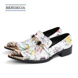 scarpe di moda in pelle bianca italiana Sconti 2018 Designer Fashion  Flowers stampa uomini scarpe da 0dc6ddeea0c