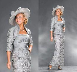 Robes de mère de mariée élégantes en dentelle de sirène avec veste deux pièces robes de soirée formelles robes de soirée de satin d'argent ? partir de fabricateur
